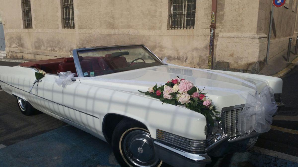 location de voiture ancienne pour un mariage aubagne jm negoce. Black Bedroom Furniture Sets. Home Design Ideas