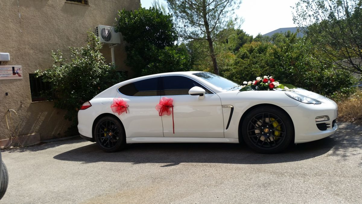 porsche panamera avec chauffeur priv pour mariage bandol. Black Bedroom Furniture Sets. Home Design Ideas